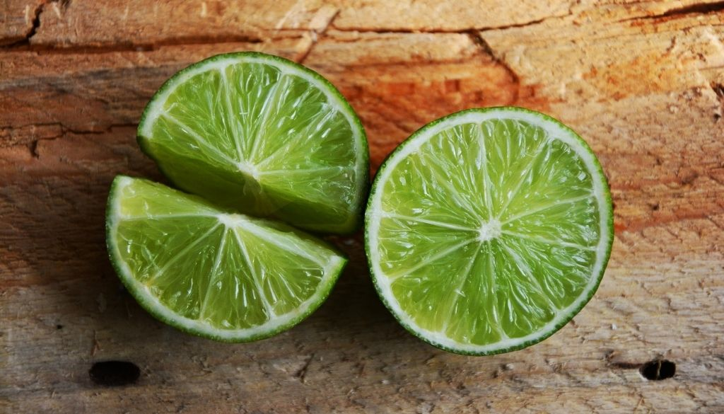 Alleviating seasonal allergies with limes.
